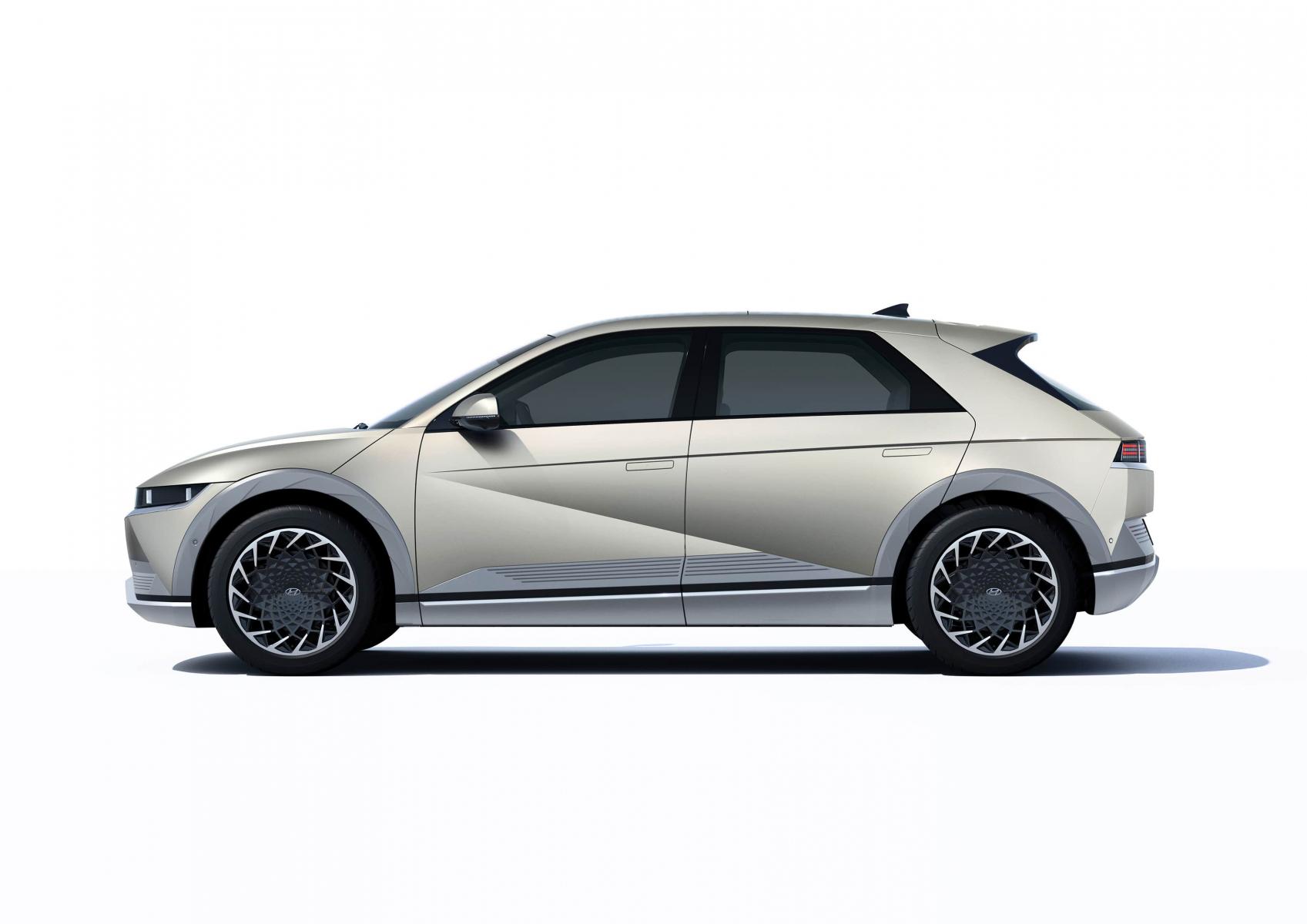 Hyundai IONIQ 5 переосмислює спосіб життя з електричною мобільністю | Едем-Авто - фото 12